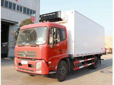 Dongfeng 6 wheels 12t refrigerated lorry truck