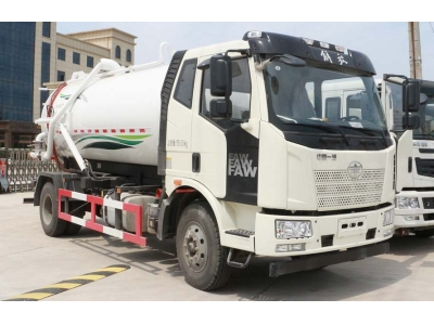 FAW 9000L sewage suction tank truck